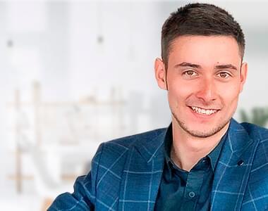 Вячеслав <br /> Сергеевич
